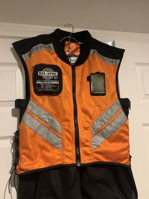 Motorcycle Safety Vest and Riding Pants Men's XL for Sale in Henderson, NV