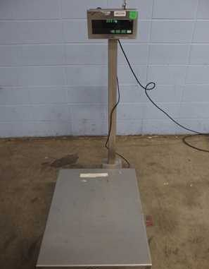 Mettler-toledo industrial portable digital scale for Sale in New Bedford, MA