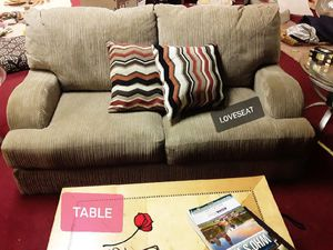 Loveseat with pillows for Sale in GA, US