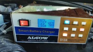 Free trickle battery charger for Sale in Brownsville, TX