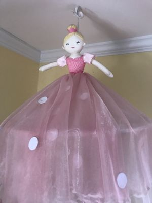 Girls Pottery Barn Ballerina Conopy for Sale in Millersville, MD
