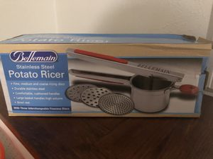 Bellemain Stainless Steel Potato Ricer w/ 3 adapters for Sale in Kalamazoo, MI