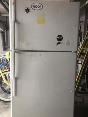 Free refrigerator for Sale in Land O Lakes, FL