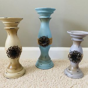 Distressed Wood Candle Holder Set for Sale in Stafford, VA