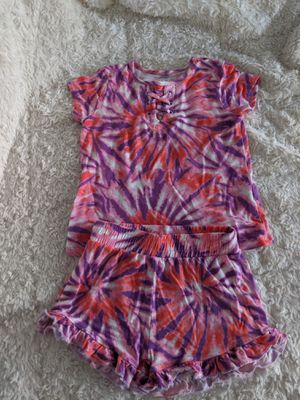 Cute tie dye shirt and short outfit size 2T for Sale in San Jose, CA