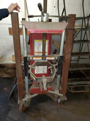 Spring compressor for Sale in Wheeling, IL
