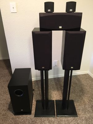 Onkyo Home Theater 5.1 Speakers w/stands for Sale in Austin, TX