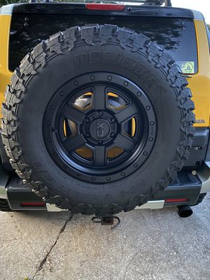 """KMC XD Fusion 18"""" with 35/{link removed} tires for Sale in Orlando, FL"""