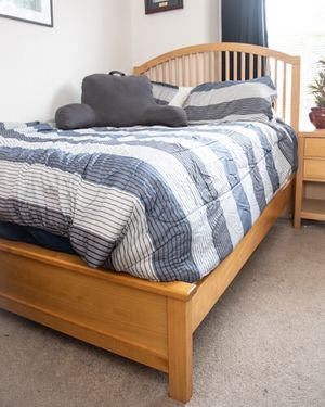 4-Piece Bedroom Set for Sale in King of Prussia, PA
