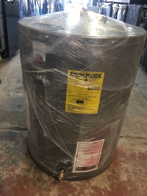 25 Gallon Water Heater for Sale in Whittier, CA