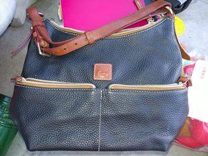 Dooney and Bourke purse for Sale in Oak Glen, CA