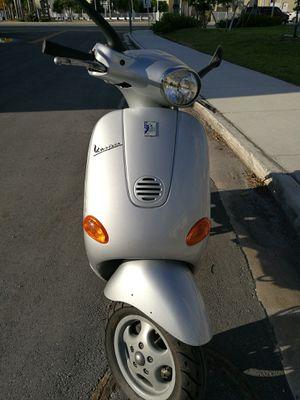 2004 Vespa ET2 50 cc Scooter for Sale in Miami, FL