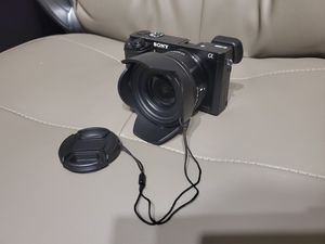Sony A6000 (ILCE-6000) w/16-55mm lens. for Sale in San Juan Capistrano, CA