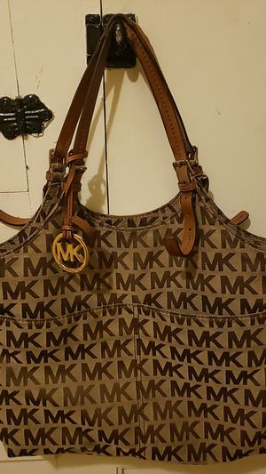 Michael Kors Tote for Sale in Pottsville, PA
