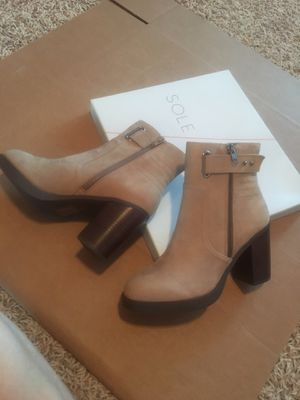 NWOT Sole Society Taupe Nubuck Ankle Boots for Sale in Santee, CA