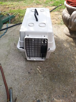 This is a small pet cage for Sale in Woodbridge, VA