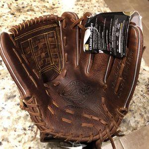 New Mizuno Classic Pro Soft Baseball Glove for Sale in San Antonio, TX