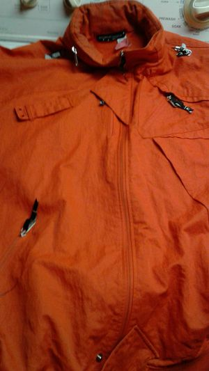 Rocawear Orange jacket good condition comes with a Hoody that's zipped at the top of the jacket for Sale in Columbus, OH