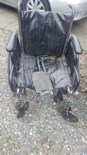 Wheelchair for Sale in Puyallup, WA