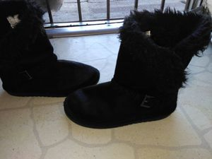 Children's place girl boots size 1 for Sale in Shafter, CA
