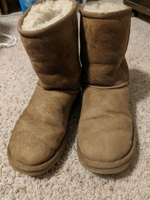 Women's Size 6 Chestnut Uggs for Sale in Washington, DC