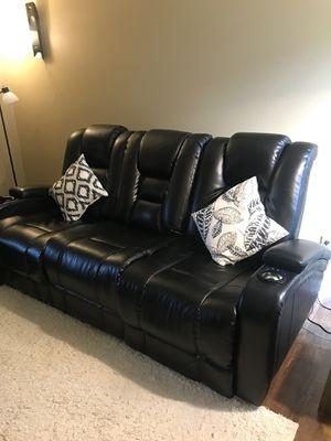 Matrix Black Power Reclining Sofa for Sale in Big Rapids, MI