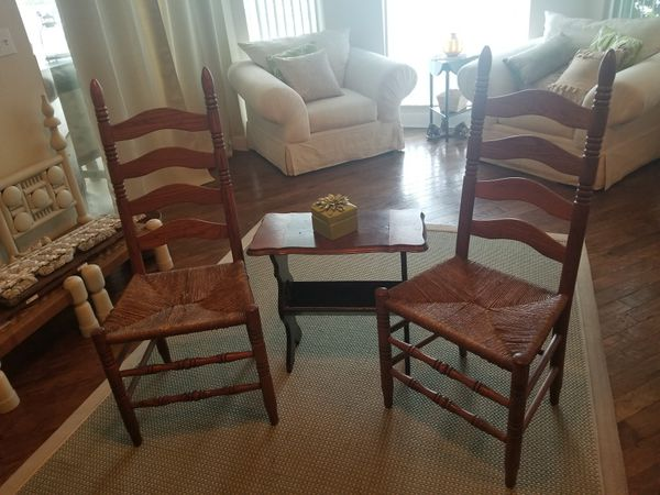 2 chairs and table