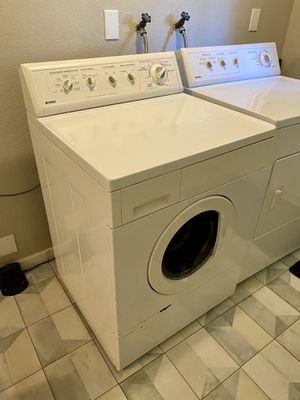 Set: Kenmore Front-Loading Washer & Dryer (gas) for Sale in Bothell, WA