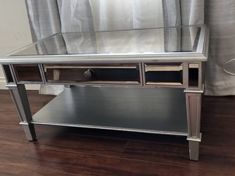 Mirror Coffee Table for Sale in Monterey Park,  CA