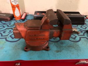 RARE! VINTAGE COLUMBIAN vise D45 for Sale in Hesperia, CA