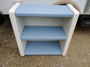Little Tikes 2 Shelf Bookcase/Bookshelf for Sale in Elkridge, MD