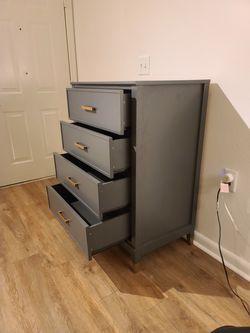 Dresser - 4 Drawer for Sale in Odenton,  MD