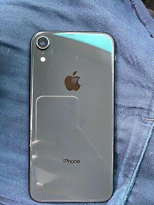 iPhone XR 128gb unlocked for Sale in Manassas, LU