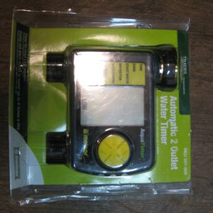 Dual Outlet Lawn Sprinkler Timer for Sale in San Antonio, TX