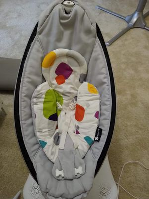 MamaRoo Baby Swing for Sale in Monroe, WA