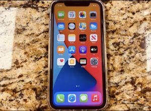 iPhone 11 64gb (fully unlocked) for Sale in Fortuna, CA