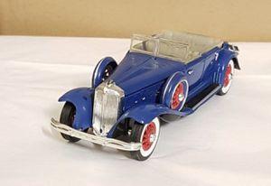 Collectible toy 1932 Chrysler Lebaron Signature Modelsj Convertible for Sale in Sacramento, CA