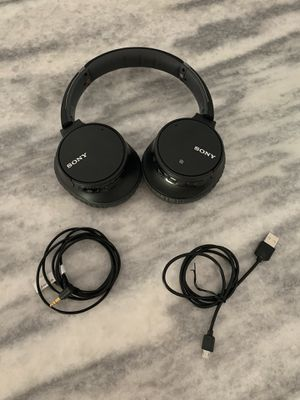 Sony headphones for Sale in St. Petersburg, FL