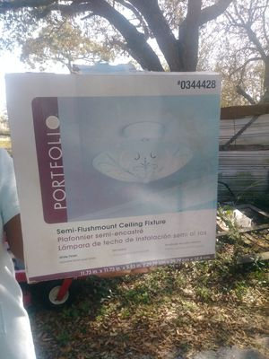 Light fixture for Sale in Lake Wales, FL