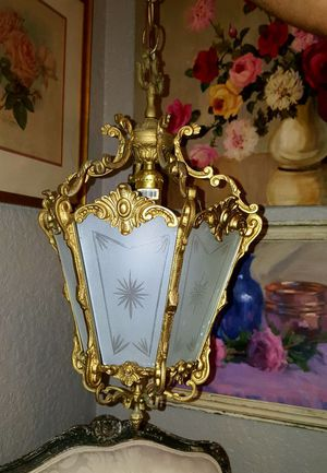 Vintage brass lamp chandelier for Sale in Pembroke Pines, FL