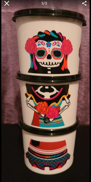 Tupperware- Dia de Los Muertos (La Catrina) for Sale in Rosemead, CA
