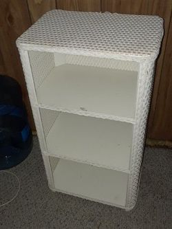 Small Wicker Shelf for Sale in New Port Richey,  FL