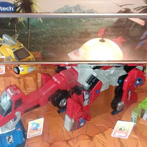 Dinosaur Operating Dealer Display for Sale in Downers Grove, IL