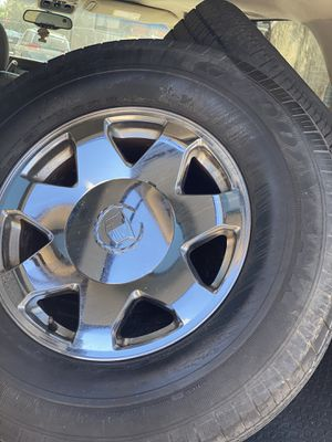 2003 Cadillac Escalade Rims, tires included but not that good. for Sale in Philadelphia, PA