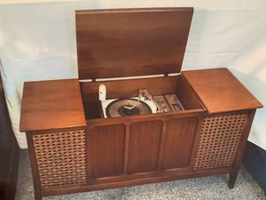 Old School Record Player for Sale in Irwindale, CA