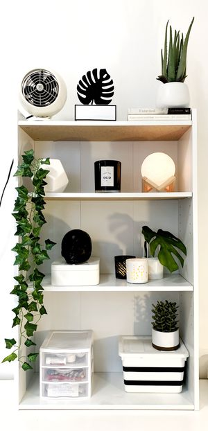 WHITE BOOKCASE SHELVES for Sale in New York, NY
