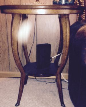 Antique Side Table for Sale in Columbus, OH