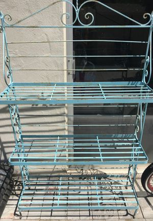 Metal vintage bakers rack for Sale in Los Angeles, CA