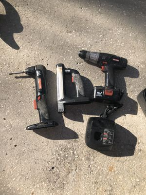 Craftsman 19.2 V right angle drill and other tools and battery and charger all in good working condition for Sale in Palm Harbor, FL