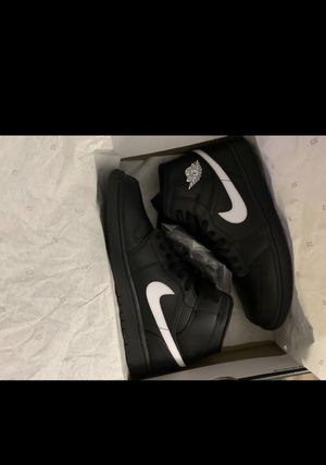 Jordan 1 Mids black white 2018 for Sale in Fort Myers, FL